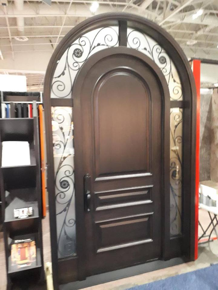 Beauty that lasts forever. Ensemble of engineering, style & color #SolidWood, #Mahogany, #CustomMade, #EntryDoor.#DistinctiveLook